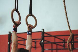 athlete-bodybuilding-exercise-931322